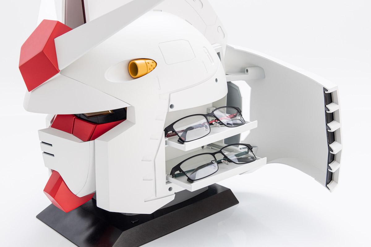 GUNDAM 40 年-机动战士与 OWNDAYS 携手推出跨界别联名眼镜系列