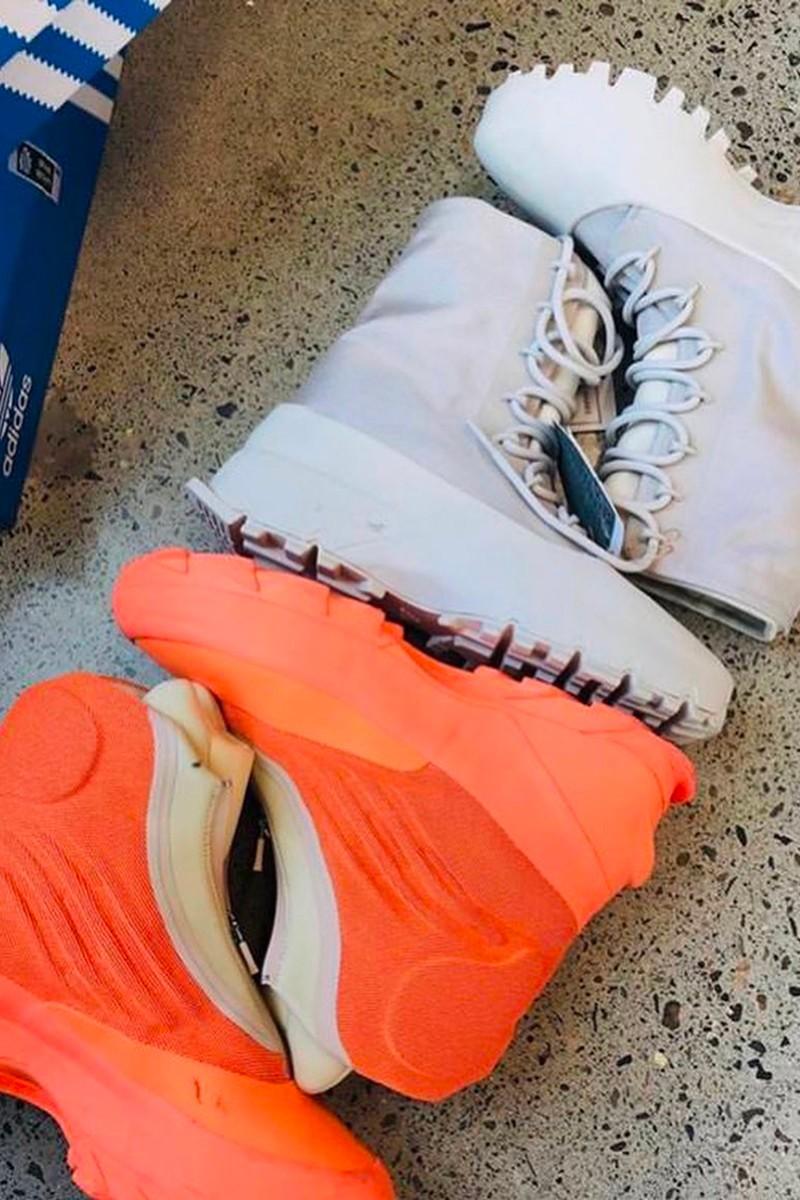 adidas 尚未发售鞋款 YEEZY 1020 与 1050 V3 Sample 率先曝光