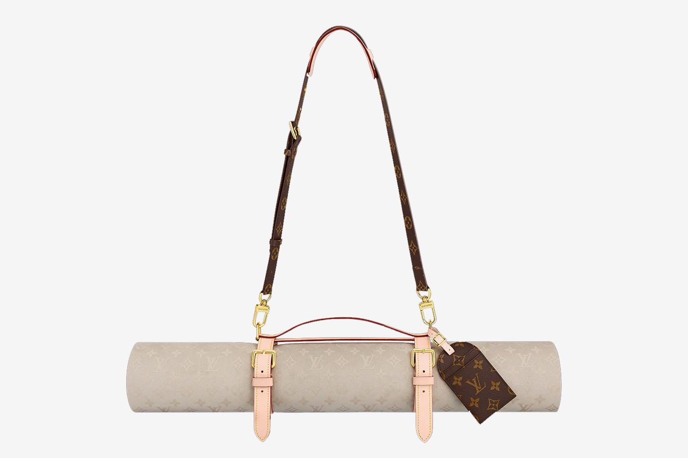 印度教政治家发布声明对 Louis Vuitton下架「牛皮制瑜珈垫」表示感谢
