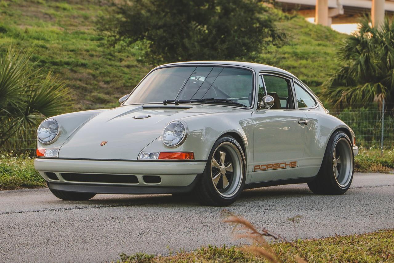 Singer Vehicle Design 定制 1989 年式样 Porsche 911 正式拍卖