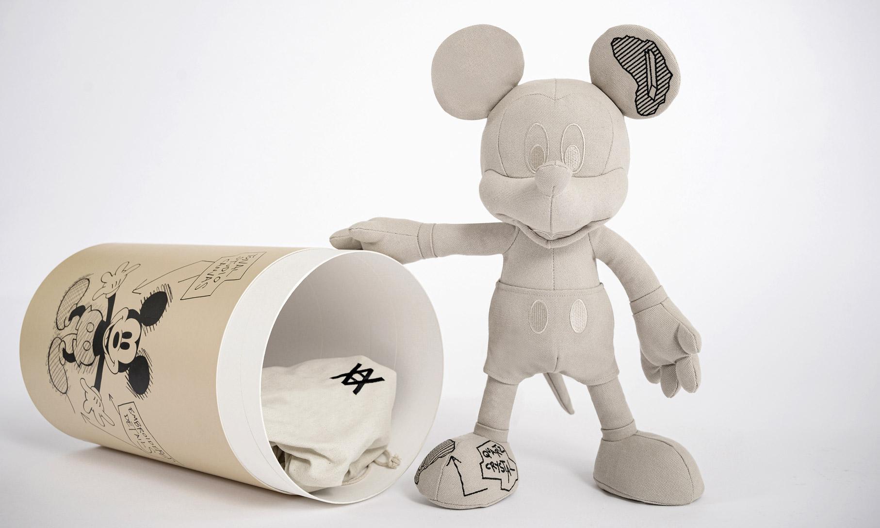 INNERSECT 首发,Disney x Daniel Arsham x APPortfolio 三方联名系列释出
