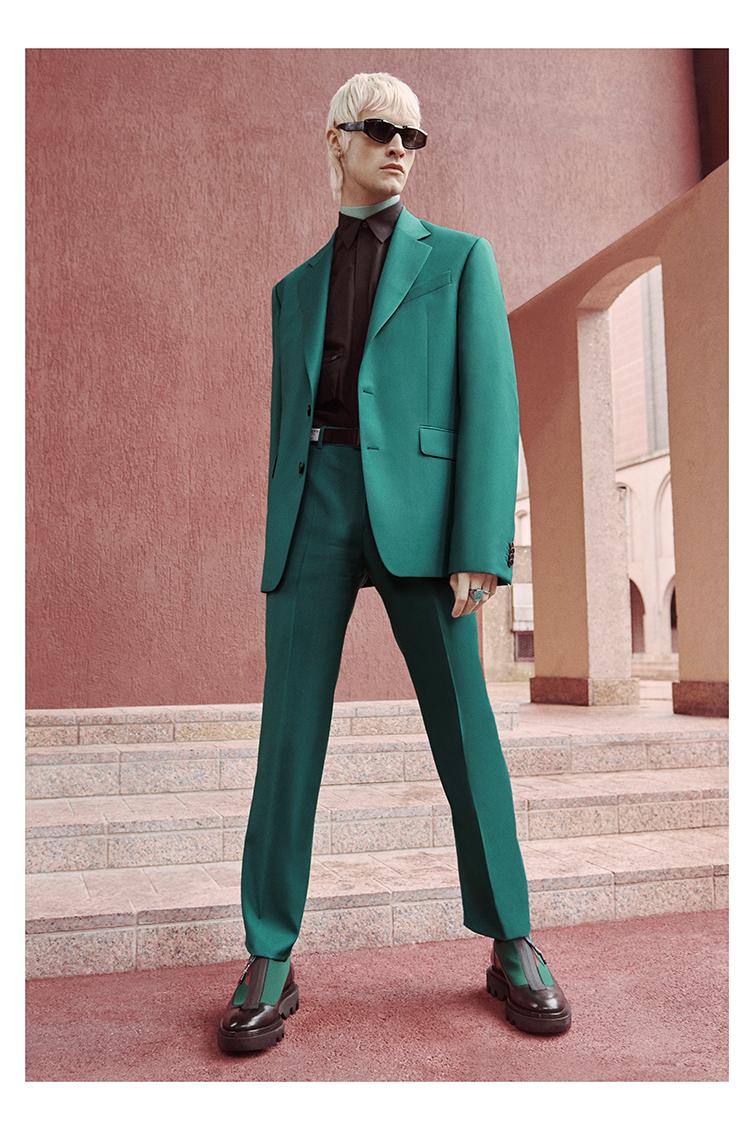 纪梵希  2020 早秋男装 对亚特兰蒂斯的致敬……