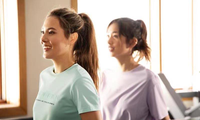 安踏攜手品牌代言人谷愛凌展示「因動而美」主題