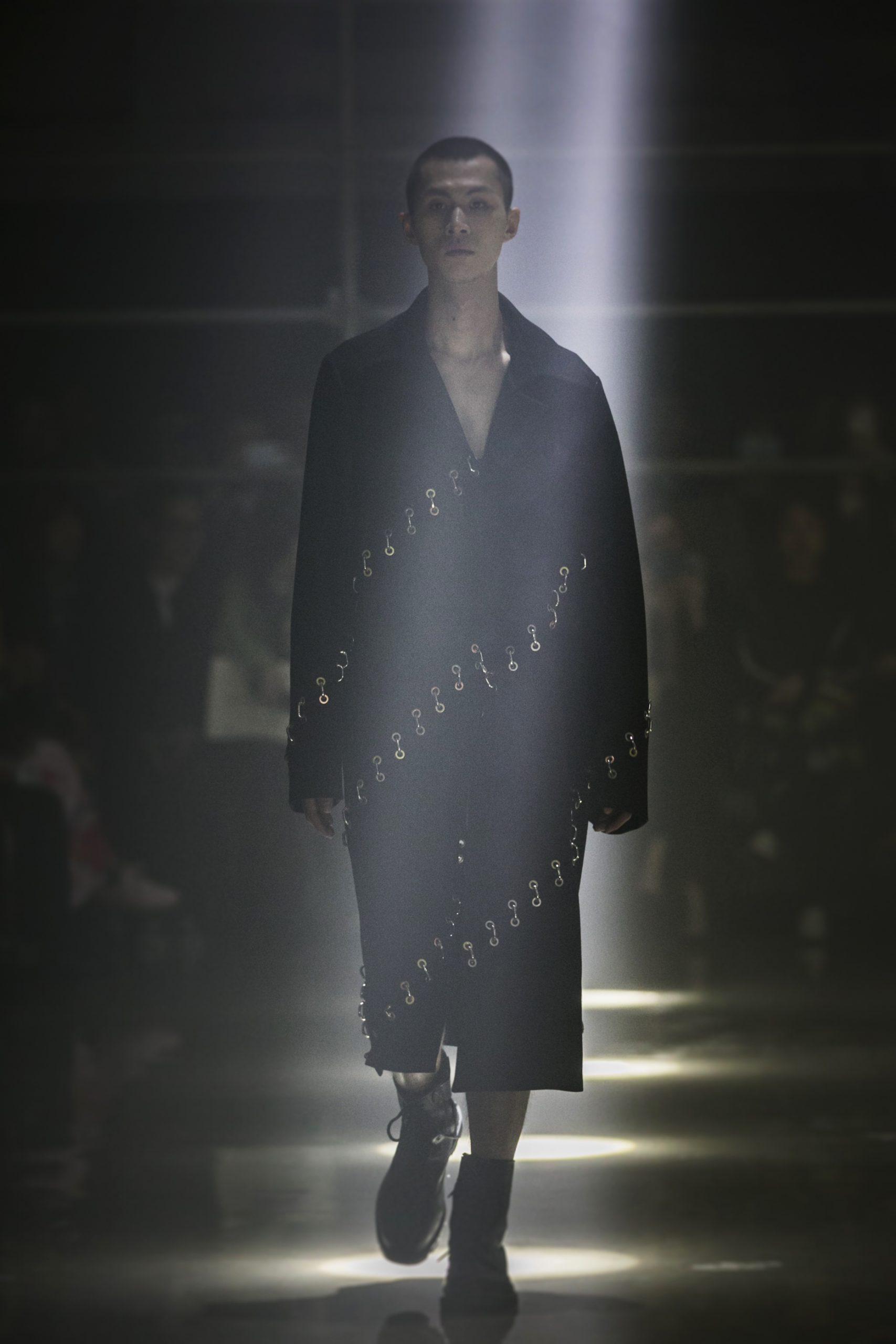 男性与装饰性之间的关系,XIMONLEE 2021 秋冬系列 秀场回顾
