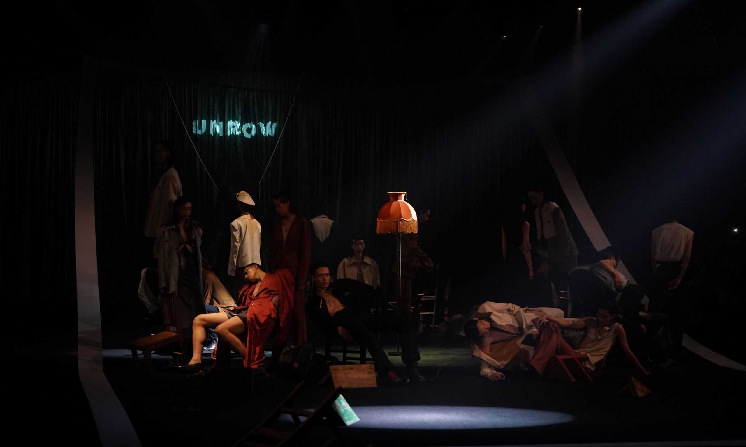 UNROW 发布最新 2022 春夏系列