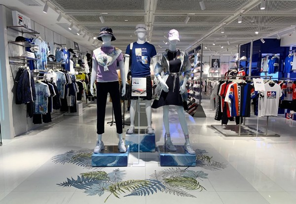 FILA香港首间旗舰店在旺角荷里活商业中心盛大启幕