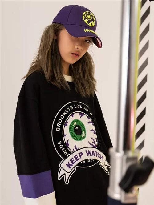MISHKA潮牌2019冬季新款暗黑系:不够黑就不够酷