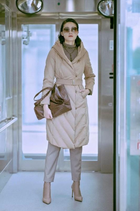 J&NINA捷恩尼纳女装2019冬季新款羽绒服