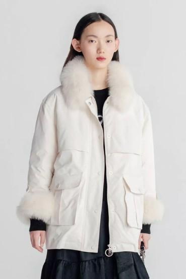 保暖装备 MIGAINO曼娅奴女装2019冬季新款毛领派克服