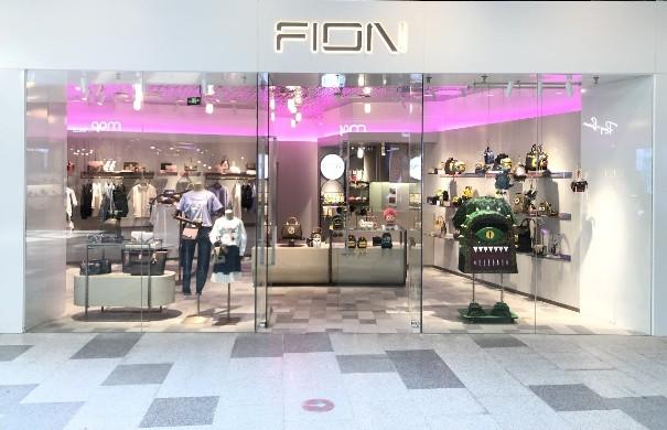 FION菲安妮线下探店:新零售+新国潮,40年箱包品牌的华丽蜕变