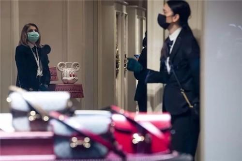 乌云密布,四大奢侈品集团一周市值蒸发2700亿