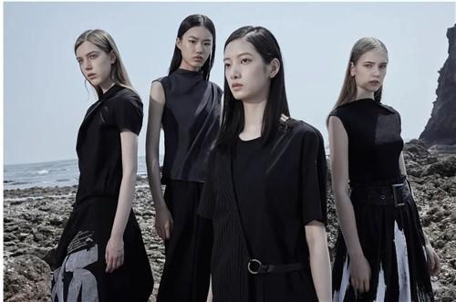 圣迪奥S·DEER女装2020夏季新品系列:走向自我的穿衣旅程