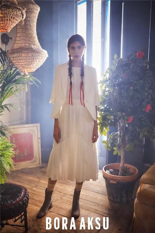 BORA AKSU女装2020夏季新款:为您的衣橱打造一座盛夏花园